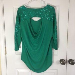Super cute Green sequin top